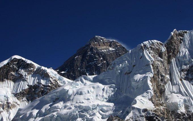 Bavaria Cruiser 51   Everest