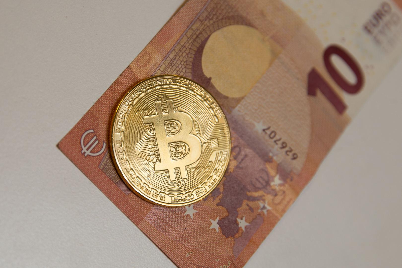 bitkoin prekybinink kaljimas