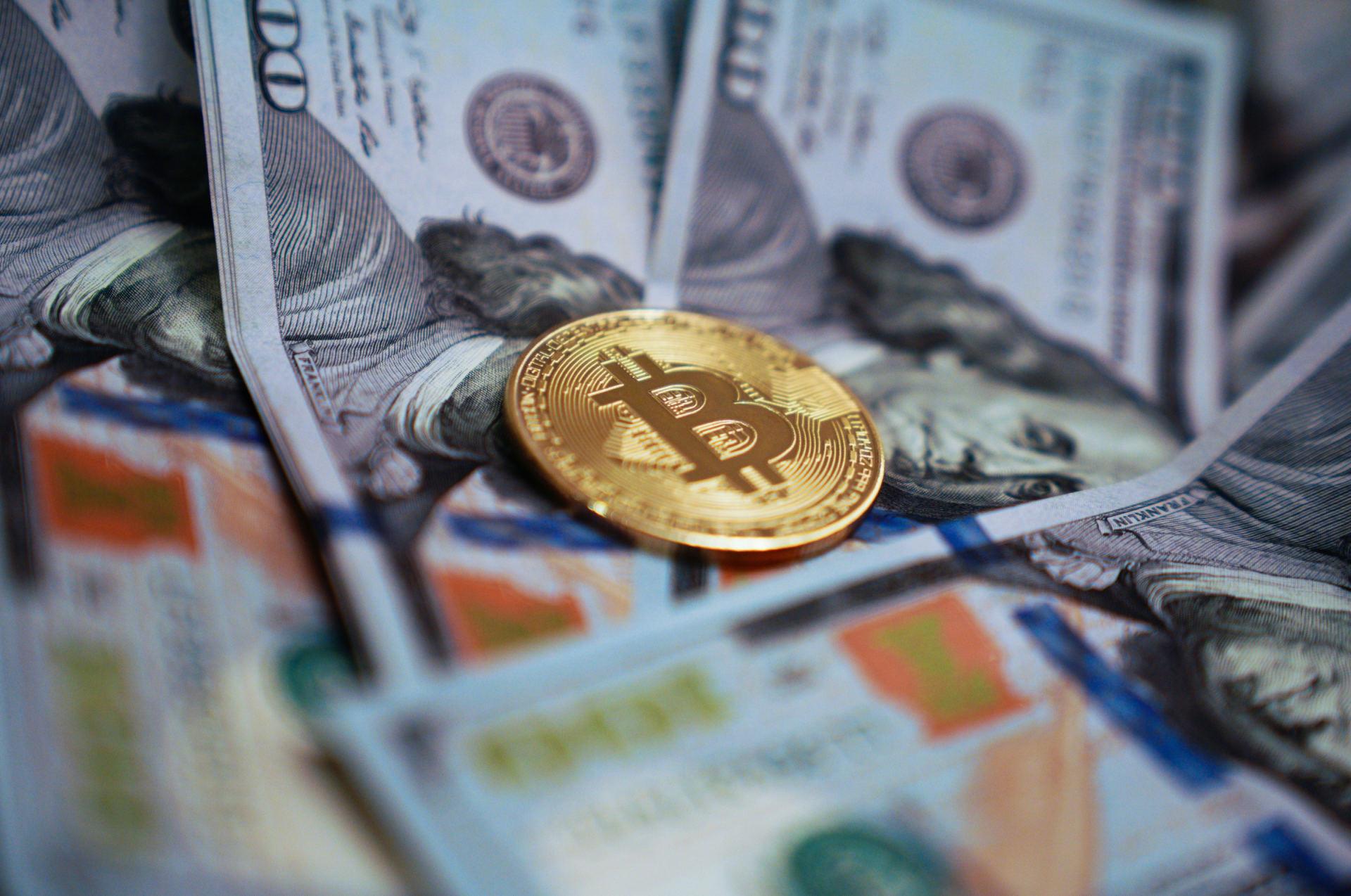ar galiu prekiauti bitkoinais grynj pinig programoje nepastovumo porų prekybos strategija