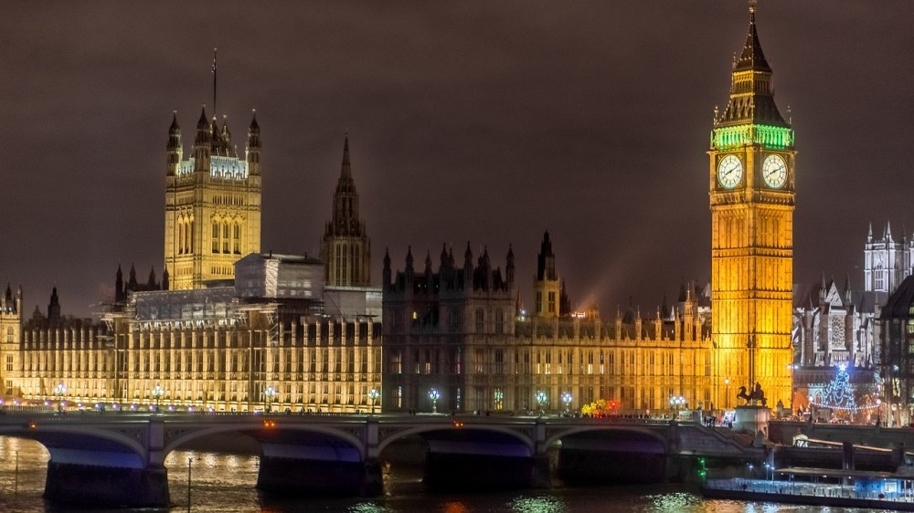 Londonas   Kelionė į Londoną lėktuvu   GRŪDA